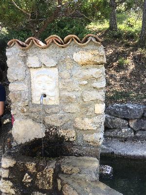 fontana nel percorso lago scanno