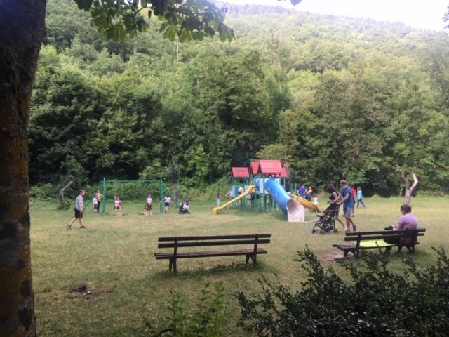 parco giochi con bambini