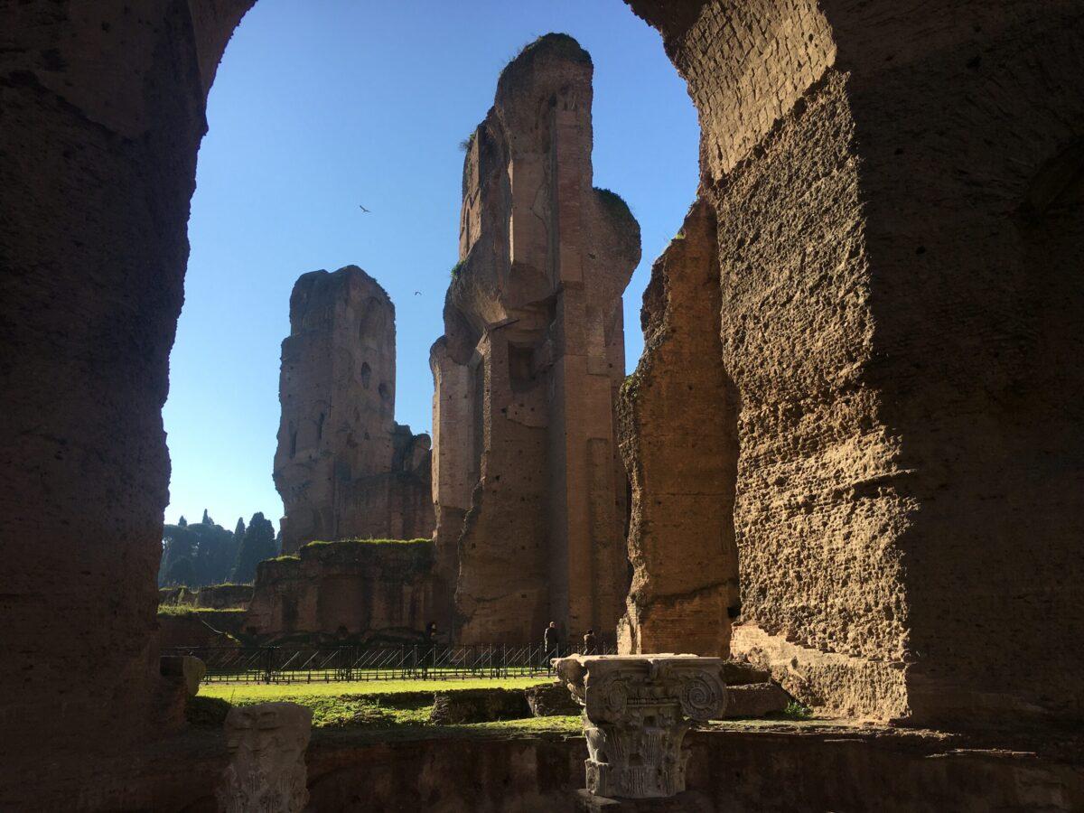 monumento terme resti romani