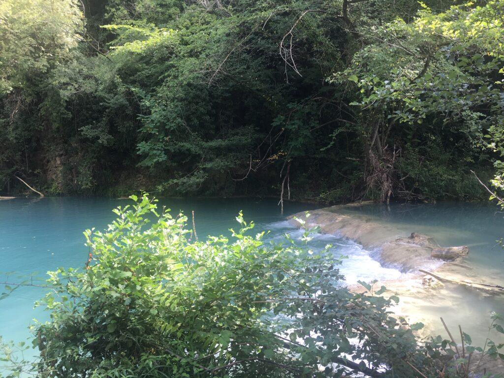 percorso lungo il fiume