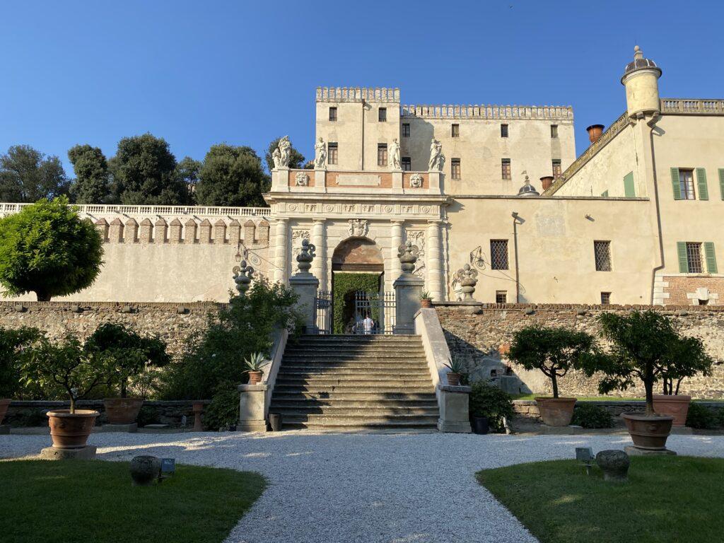 castelli Italia  con scalinata e parco del Catajo