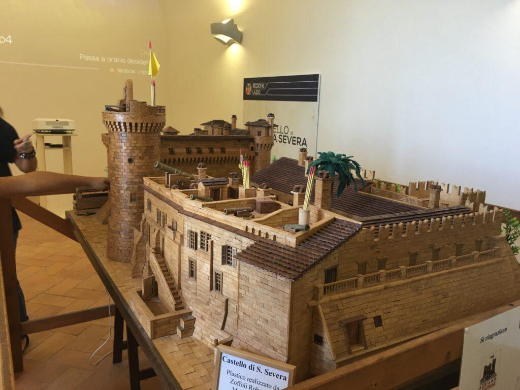castelli in Italia modellino in legno